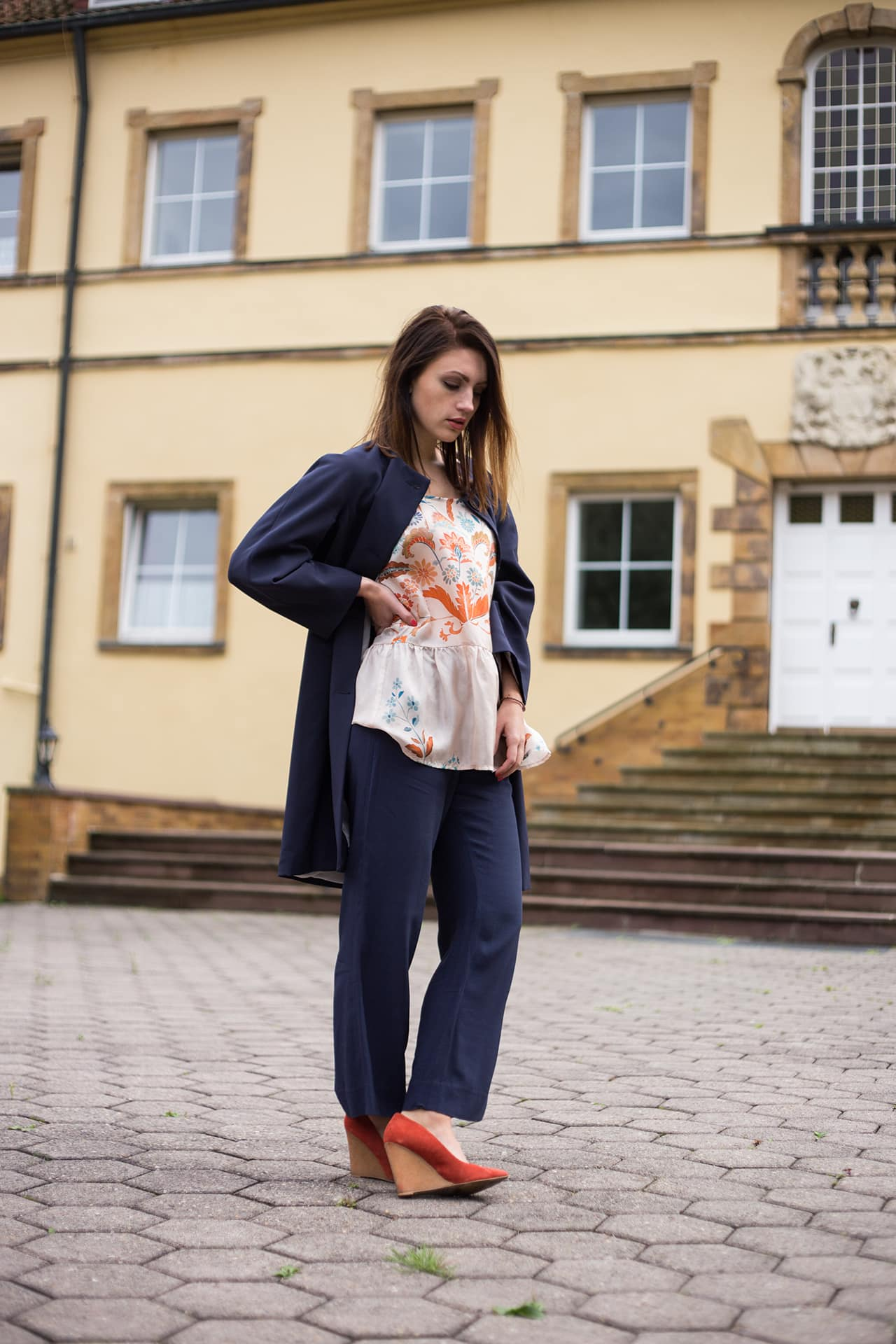 Luftig leichter Look aus Seide Pumps Orange Zara