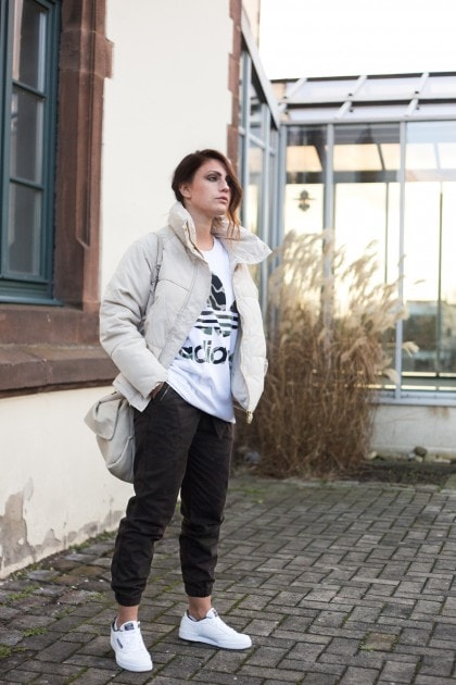 Sportliches Camouflage Outfit | Wie kombiniere ich Camouflage Muster?
