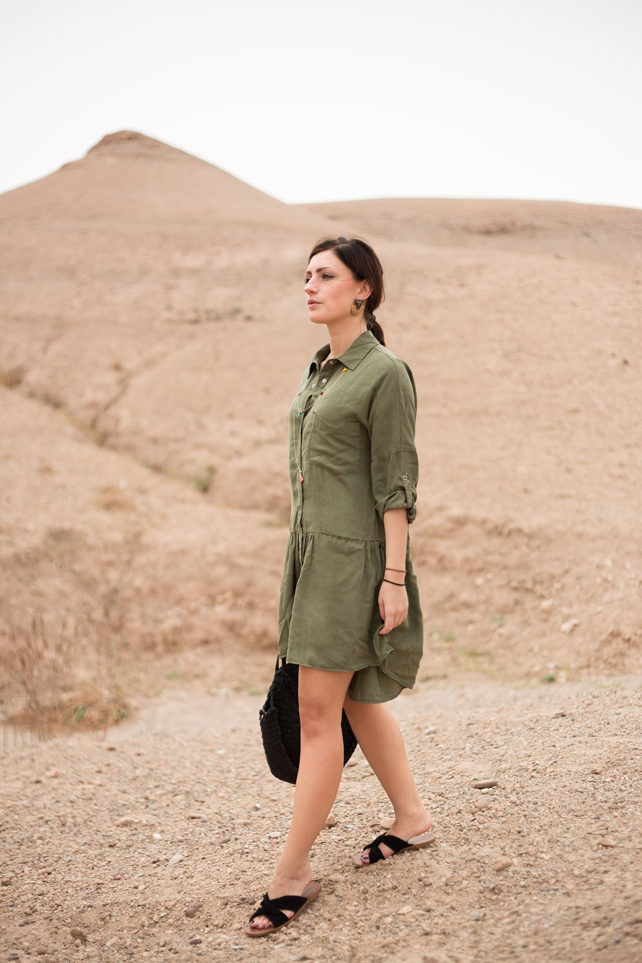Stylisch im khaki Safari Kleid | Safarioutfit